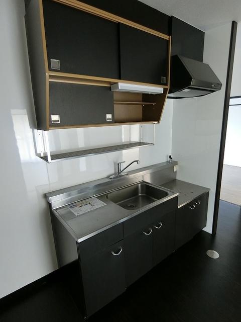 紙屋ビル / 106号室キッチン