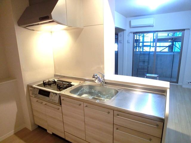ハルコート大橋 / 303号室キッチン