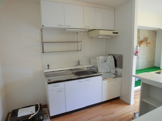メゾーンハウス83 / 201号室キッチン