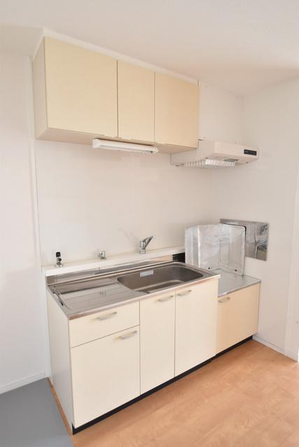 メゾーンハウス83 / 203号室キッチン