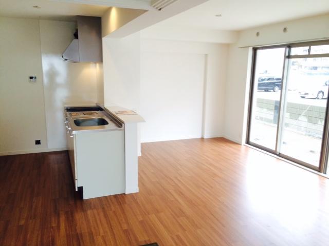 プラス カナール / 101号室キッチン