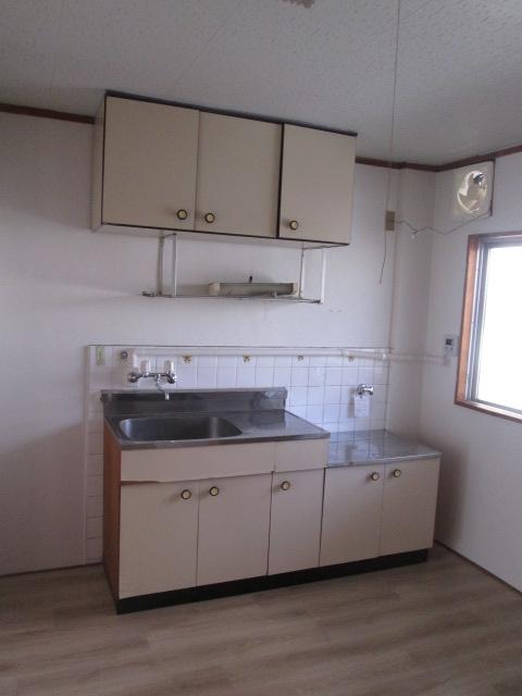 永松ビル / 202号室キッチン