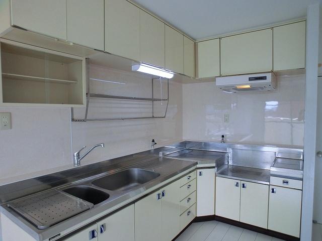 エクセレント36 / 403号室キッチン
