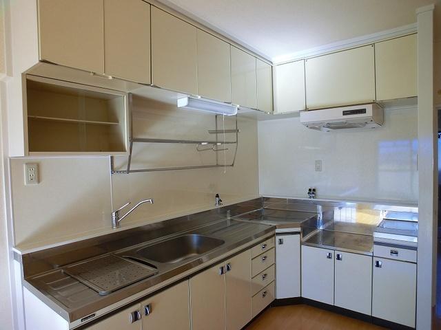 エクセレント36 / 606号室キッチン
