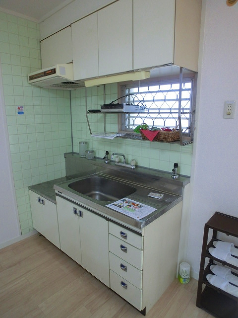 山本ビル / 301号室キッチン