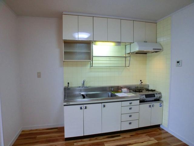 コーポウィステリア25 / 505号室キッチン