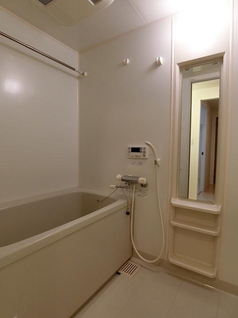 グランドゥール清水 / 201号室トイレ