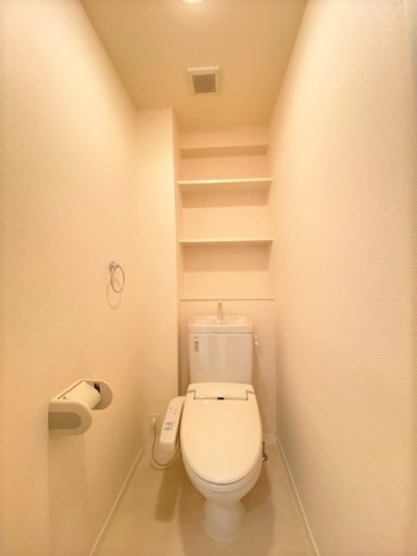グランドゥール清水 / 403号室洋室