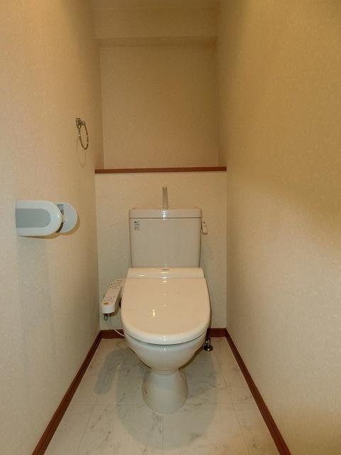 サンパティーク高宮 / 401号室トイレ