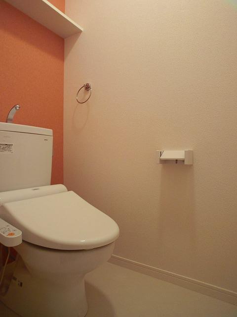 フローレス大橋 / 202号室トイレ