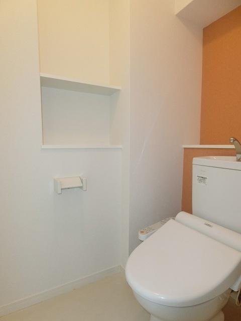 フローレス大橋 / 203号室トイレ