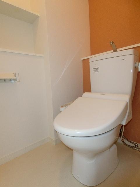 フローレス大橋 / 703号室トイレ