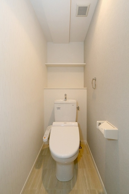 コンフォート・レジデンス / 605号室トイレ