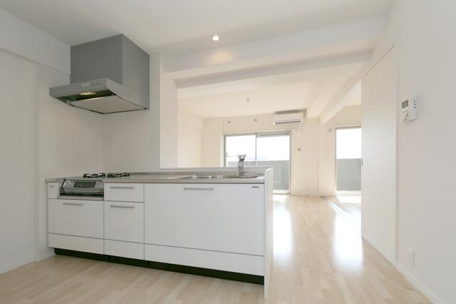 ステラSTⅢ / 406号室キッチン