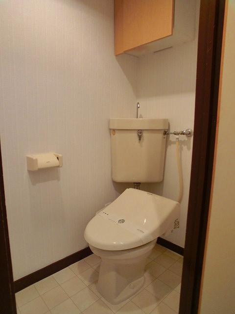 船越(義)ビル / 202号室トイレ