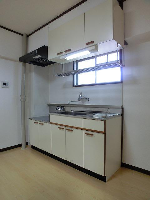 船越(義)ビル / 403号室キッチン