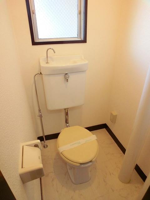 紙屋ビル / 401号室トイレ