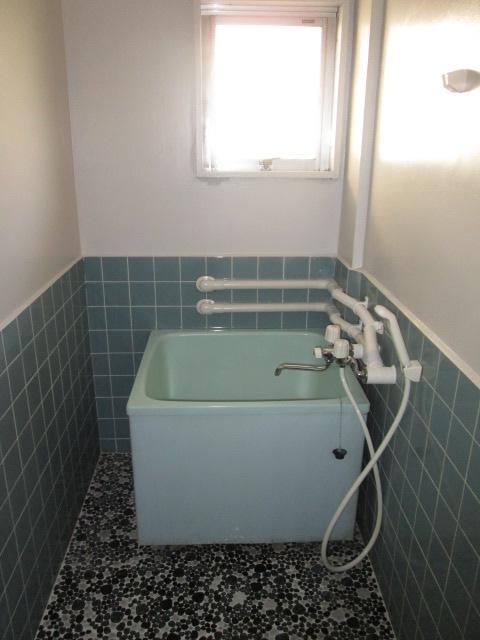 永松ビル / 202号室トイレ