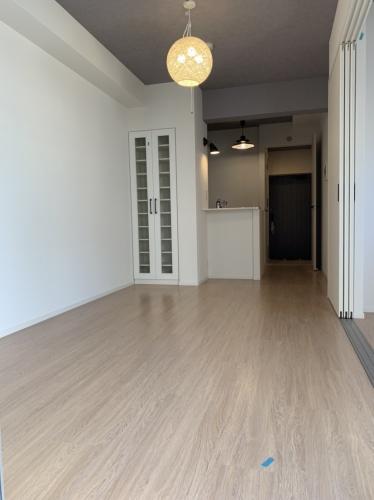 ラ・ブランシュ / 402号室リビング