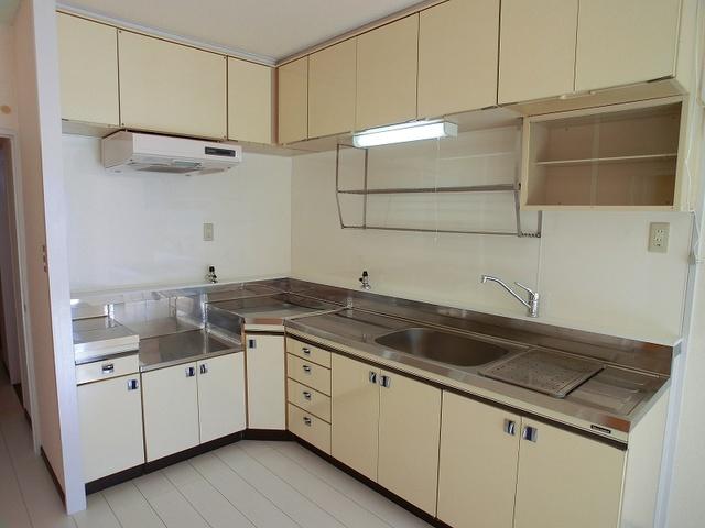 エクセレント36 / 202号室キッチン