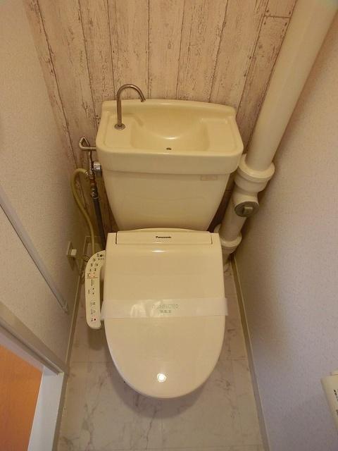 メゾンコーポ24 / 103号室トイレ