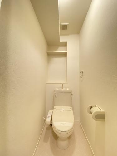 イーストパル博多Ⅱ / 601号室トイレ