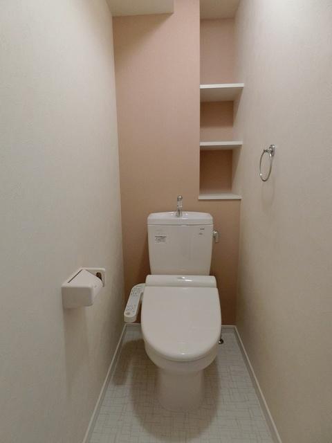 ソルモンテはかた / 401号室トイレ