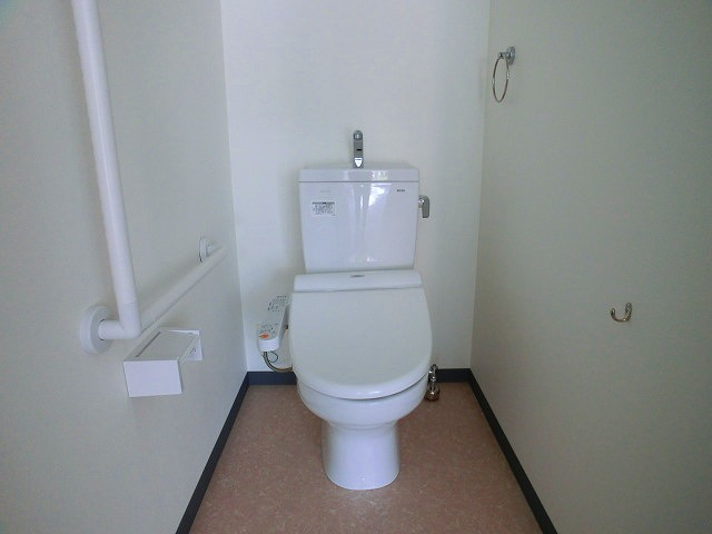 フローレス大橋 / 101号室トイレ