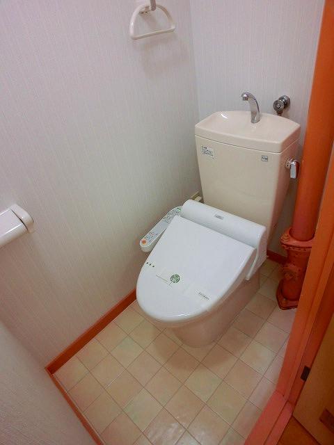 船越(義)ビル / 405号室トイレ