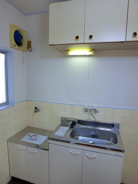 サンライズコーポ / 210号室キッチン