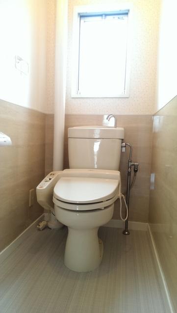 メゾーンハウス83 / 202号室トイレ