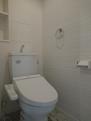 ラ・エクラン / 101号室トイレ
