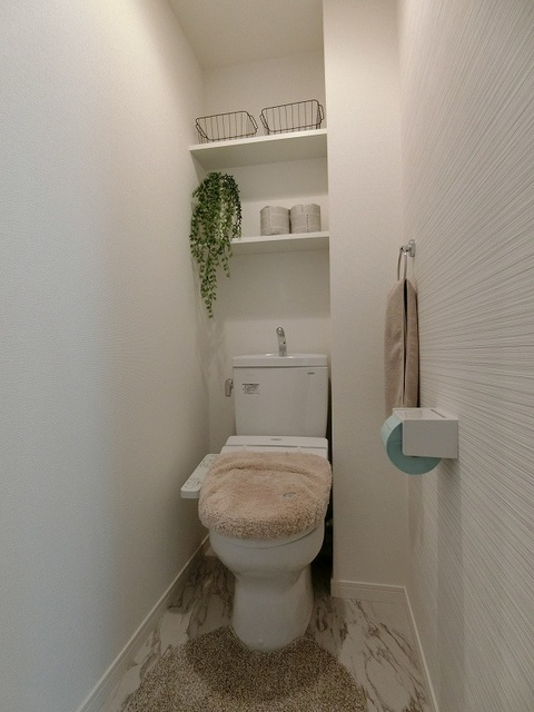 アンビエントN / 201号室トイレ