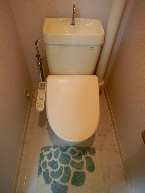 山本ビル / 201号室トイレ