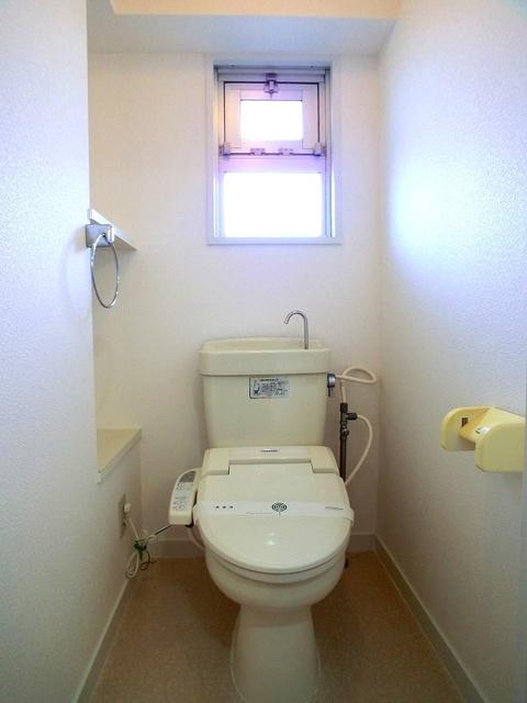 コーポウィステリア25 / 202号室トイレ
