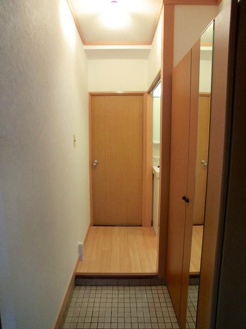松岡コーポ / 103号室玄関