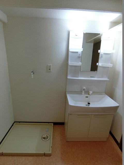 高木町2高木ビル / 402号室洗面所