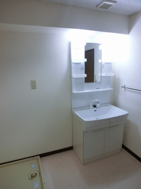 井尻第3ビル / 602号室洗面所