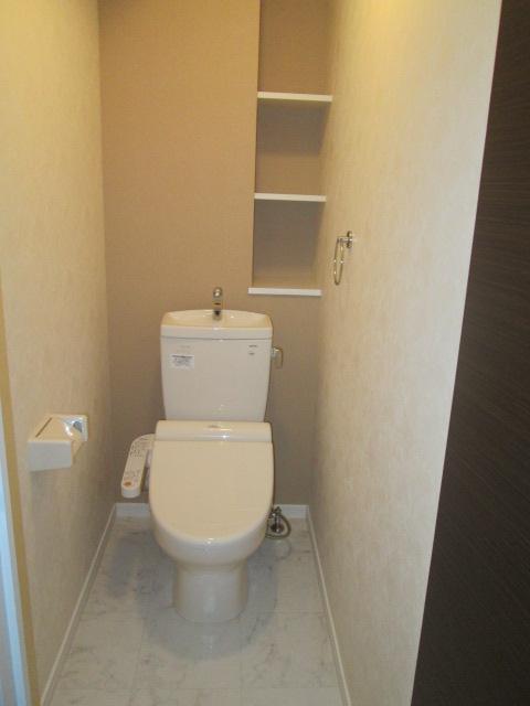 ソルモンテはかた / 501号室トイレ