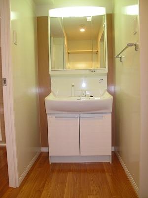 グラン・ジュテM / 303号室洗面所