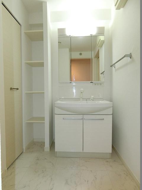 コンコルディア / 303号室洗面所