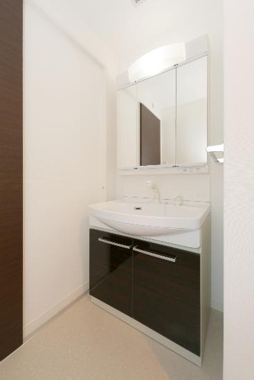 コンコルディア / 602号室洗面所