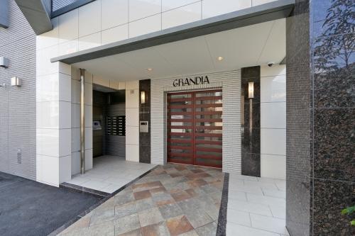 グランディア清水 / 303号室エントランス
