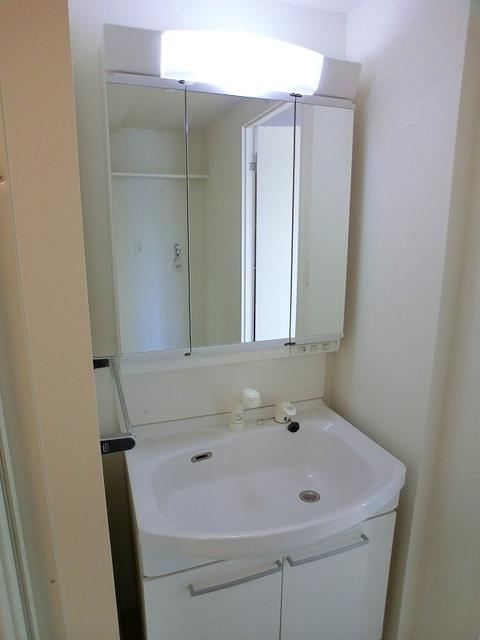 フローレス大橋 / 601号室洗面所