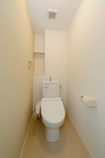 ステラSTⅢ / 802号室トイレ