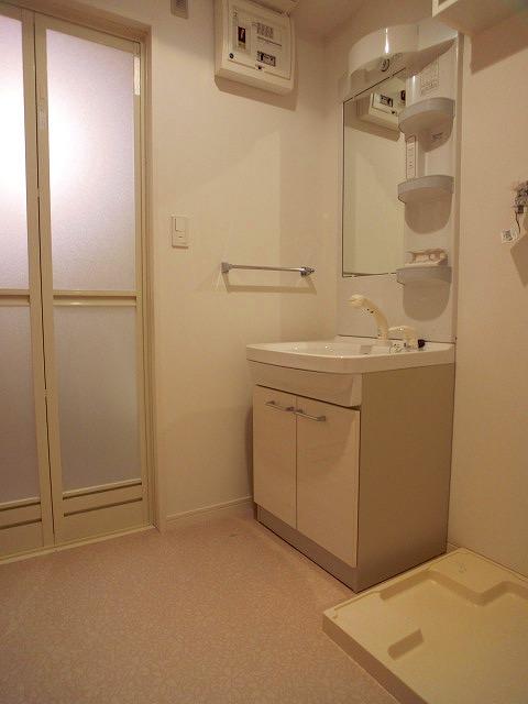 フィオーレ大橋 / 503号室洗面所