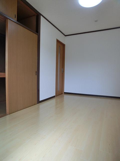 船越(義)ビル / 403号室洋室