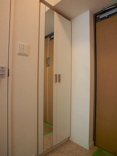 colette / 202号室玄関