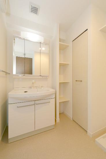 サントラップ / 201号室洗面所