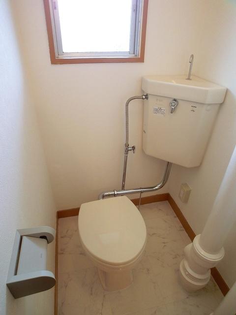紙屋ビル / 103号室トイレ